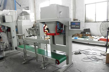 High Tech Filling Weighing Packaging Soya Bean / Corn Grain Bagging Machine